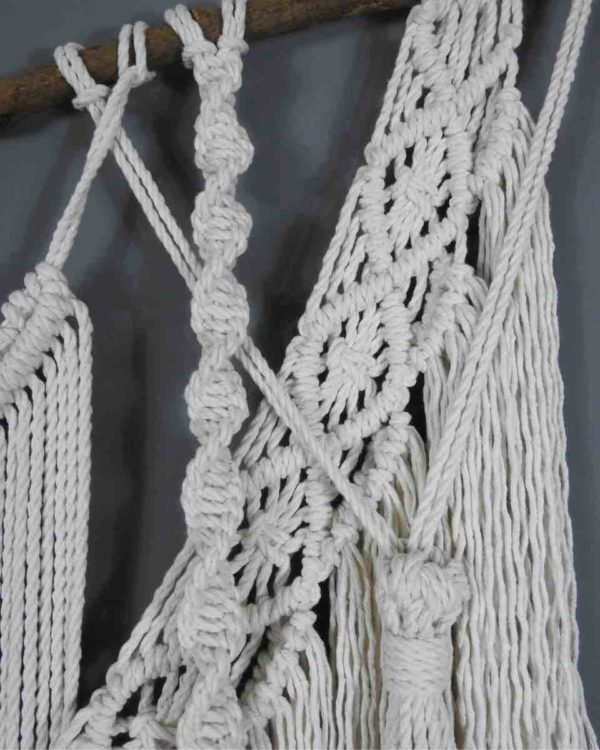 Wallhanging Marmont detail side